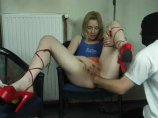 He fists her box while she rubs her clitoris