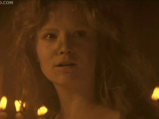 Sex in the Sexy Tube By Candlelight with Jennifer Jason Leigh