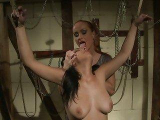 Katy Borman humiliates her hawt ass slave