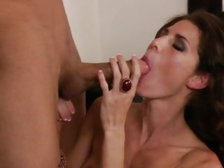 Luscious cougar Jenny Lee gulps down hot cock juice
