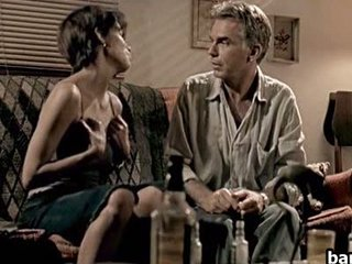 Sexy Celebrity Halle Berry In A Hot And Sleazy Sex Scene