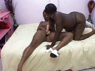 Black cuties enjoying their pussies