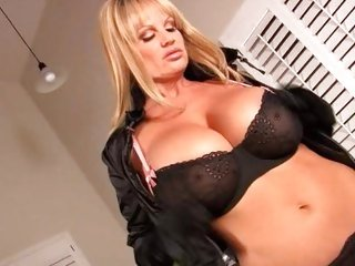Kelly Madison dildo's her horny hole for you