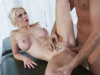 Blistering Alexis Ford is drilled up her snatch