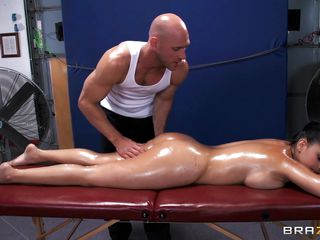 Diamond loves a good massage every now and then. The dirty masseur is on the rescue to help her relieve stress by using his special technique called boobs and ass pressure, which is a fancy term for ass and breast groping! Body slathered in oil and a big dick inside her, she has never felt so good!