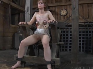 Geeky sweetheart is bounded for violent punishment