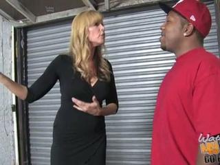Nicole moore shows how she copulates big hard jocks